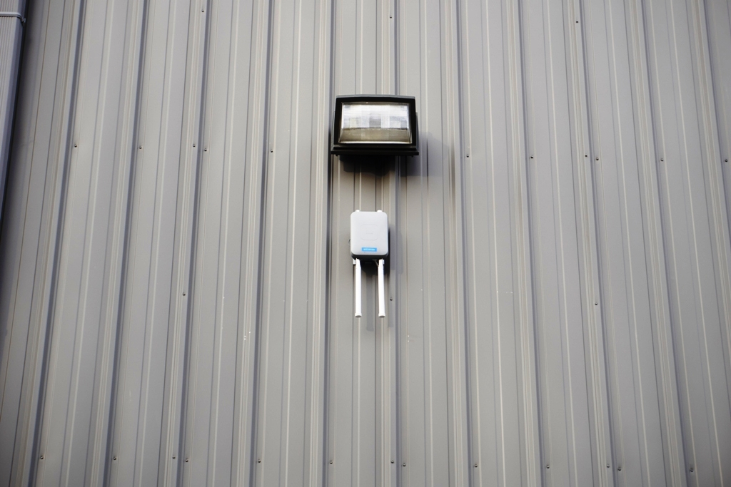 Complete Wireless Network Upgrade In A New York Warehouse