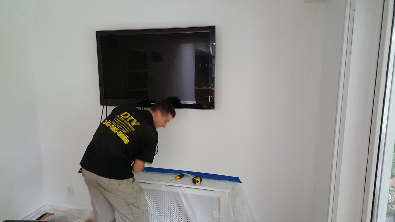 dining room tv screen mounting