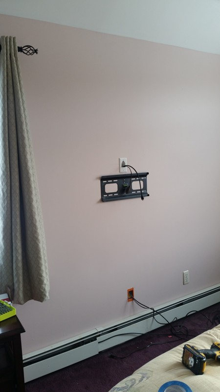 Regular TV mounting on the wall. Brooklyn, NY1.jpg