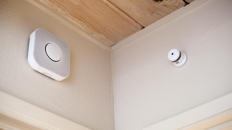 Nest Protect mounted in the corner