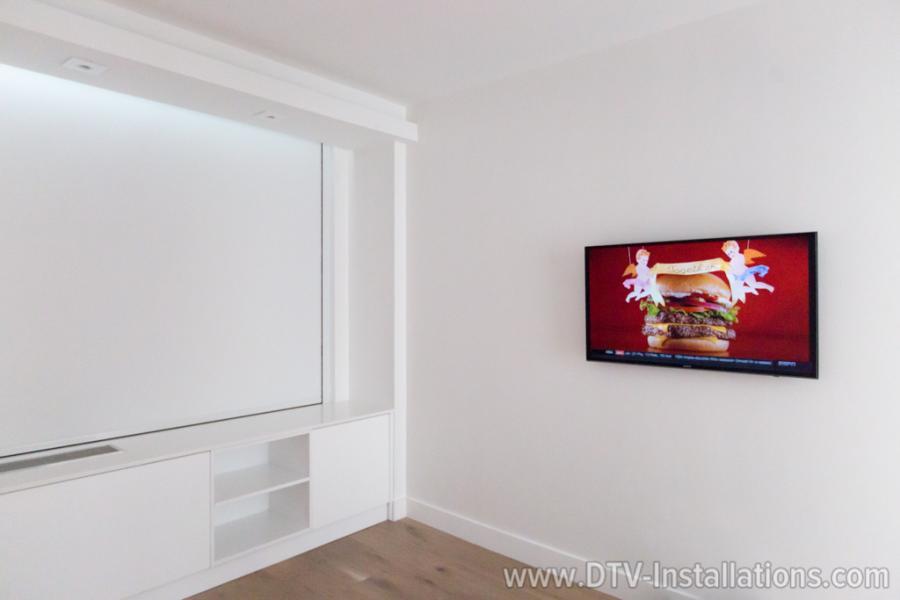 Samsung largescreen 4K