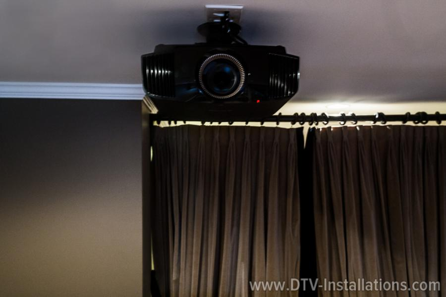 sony 4k vpl-vw665es projector