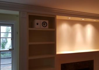 KEF high end bookshelf speakers installed in the living room (2)